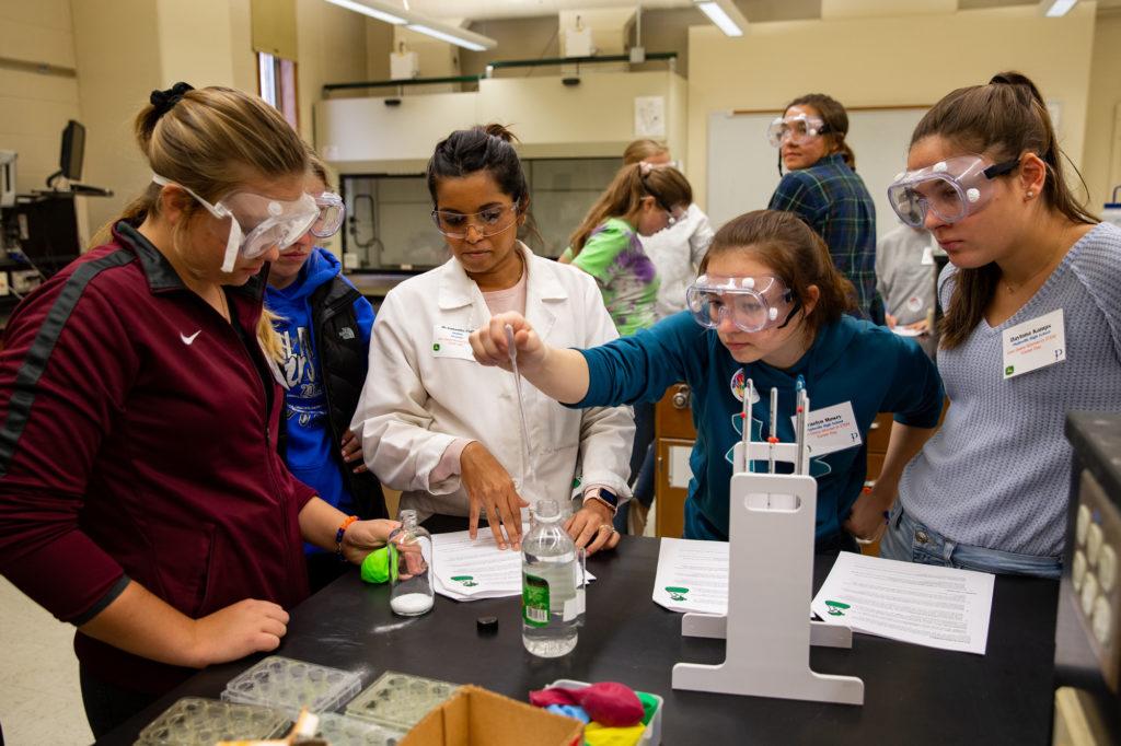 Photo of participants in UW-Plattevile's Women in STEM Career Day