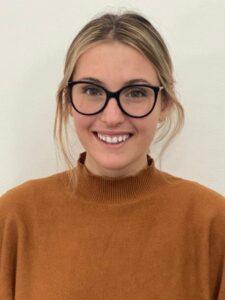 Photo of Sydney Olson, packaging graduate and award-winning team member. / Sydney Olson