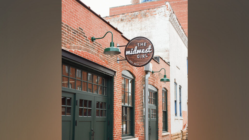 Photo of the Midwest Girl store, in Dubuque, Iowa