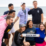 Photo of a visit to Bradford Beach, one of dozens of events during Fall Welcome where students could have fun and meet other students as they returned to the campus, many for the first time since the pandemic struck. (UWM Photo/Elora Hennessey)