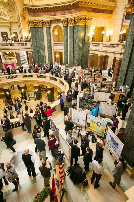 13th annual display of UW undergraduate research to take place at the Capitol Rotunda on Wednesday, April 13 (Photo by Andy Manis)