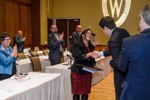 Claudia Guzmán congratulated for her group's receipt