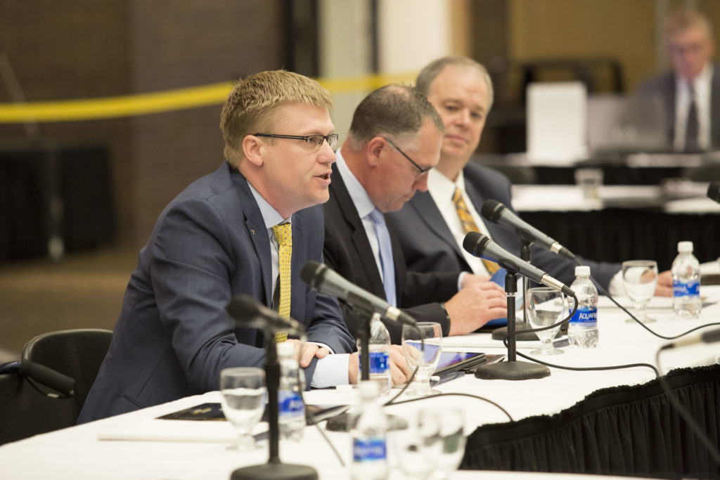 Photo of (far left) Timothy Nelson, Director of Research and Innovation for Mayo Clinic