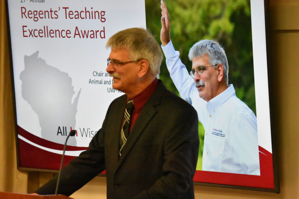 Photo of Gary Onan, Chair and Professor of Animal and Food Science at UW-River Falls, making acceptance remarks after receiving the 2019 Teaching Excellence Award from the UW System Board of Regents on April 5, 2019.