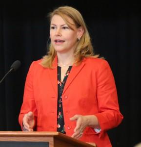 Dr. Linnea Burk
