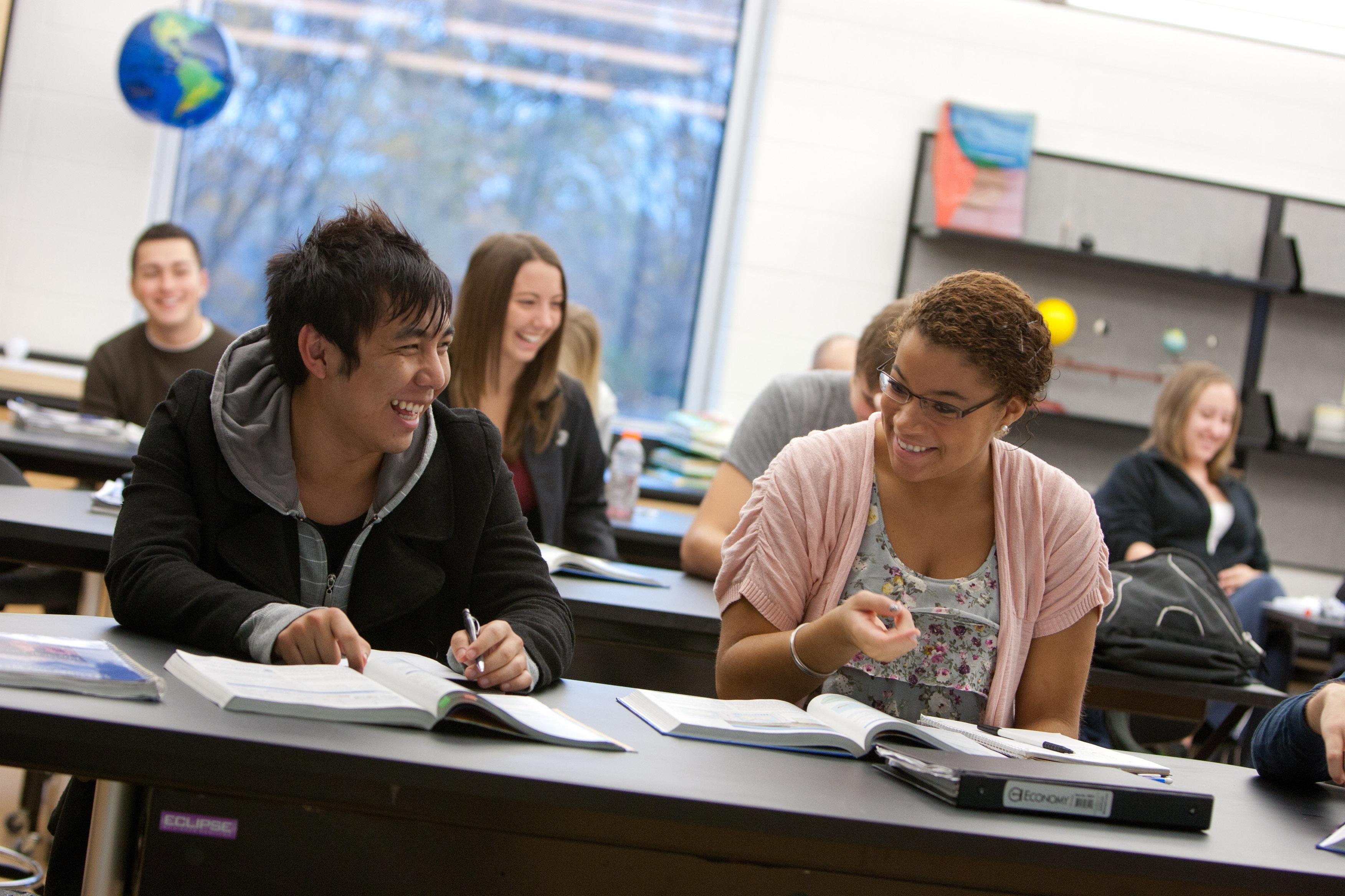 UW Colleges students in classroom